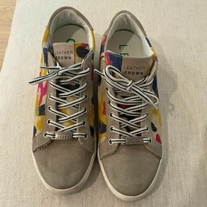 LEATHER CROWN CAMO SNEAKERS